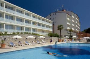 2010 Allegro Hotel Pool 3