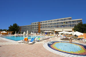 Hoteli, Medulin & Pula,  Istra Croatia by Zenn Maar